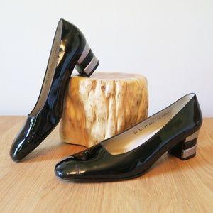 [Ferragamo] Square Toe Patent Leather Pumps 9.5